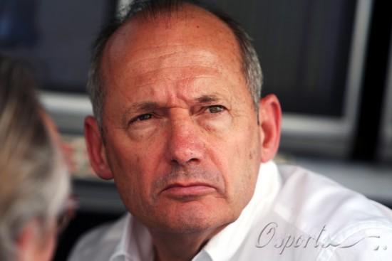 丹尼斯不把宝马放在眼里称法拉利迈凯轮从欧洲领跑