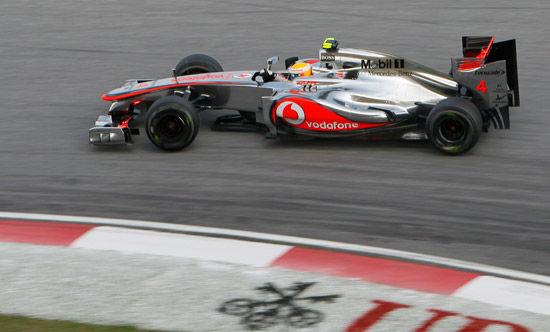 迈凯轮车队汉密尔顿在排位赛中