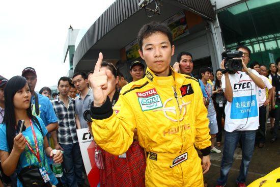 2012年CTCC中国量产车组年度冠军谢欣哲
