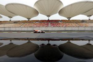 WEC上海6小时赛排位:保时捷夺杆位韦伯车组第三
