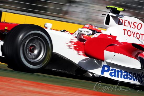图文-F1澳大利亚站周五影像格洛克首次来澳洲