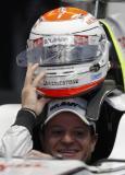 巴里切罗展示全新头盔