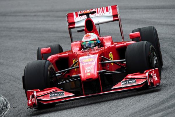 图文-F1巴西站精彩图片法拉利车队费斯切拉
