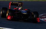 图文-F1巴塞罗那试车首日 海德菲尔德测试R31