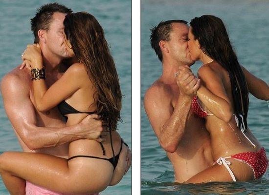 特里和娇妻八星酒店度假 水中嬉戏肉搏动作限制级,人体艺术,性感美女,美女图片