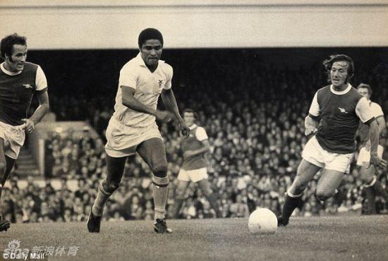 葡足球传奇巨星尤西比奥去世 享年71岁