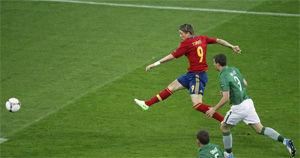 欧洲杯-托雷斯2球席尔瓦2传1射西班牙4-0爱尔兰