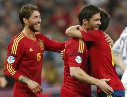 欧洲杯-阿隆索百场2球西班牙2-0法国将战葡萄牙