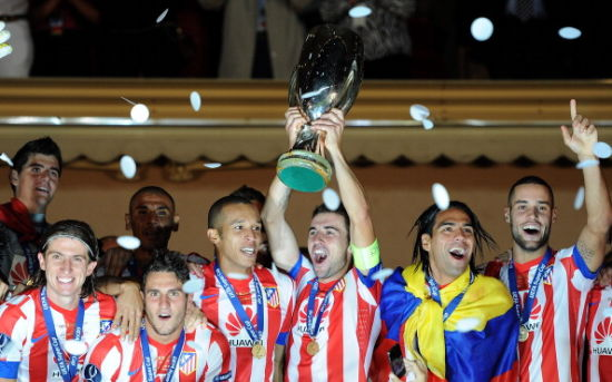 马竞击败切尔西,捧起2012年欧洲超级杯冠军