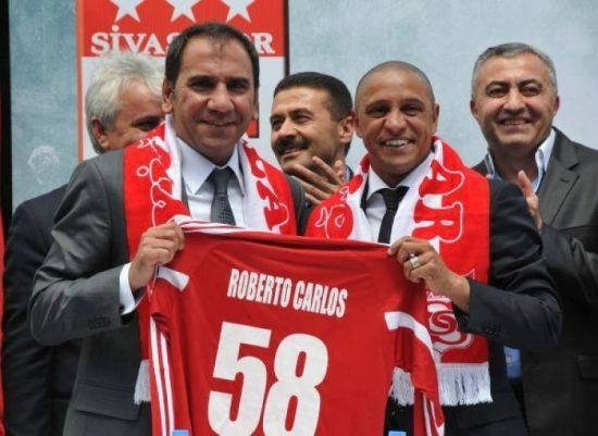 土超劲旅锡瓦斯官方宣布卡洛斯为球队主帅
