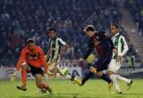 梅西停球射门