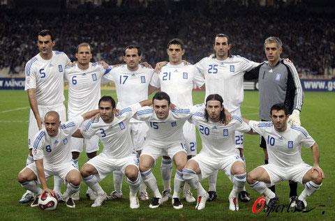 图文-2008年欧锦赛16强预计首发卫冕冠军白蓝希腊