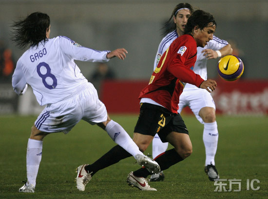 图文-[国王杯]马洛卡VS皇家马德里皇马白色包围圈