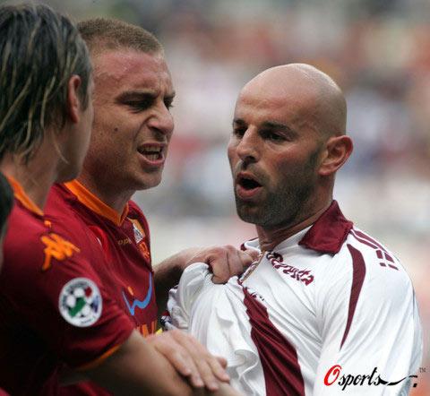 图文-[意甲]罗马vs都灵德罗西的脾气总是控制不住