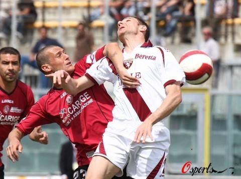 图文-[意甲]利沃诺0-1都灵为最后胜利而战