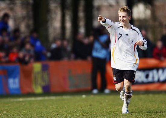 图文-德国队欧洲杯球员资料英雄少年门兴小将马林
