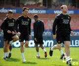 图文-曼联积极备战新赛季鲁尼热身不放松