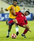 图文-[热身赛]巴西2-0越南 想防住小罗可不那么容易