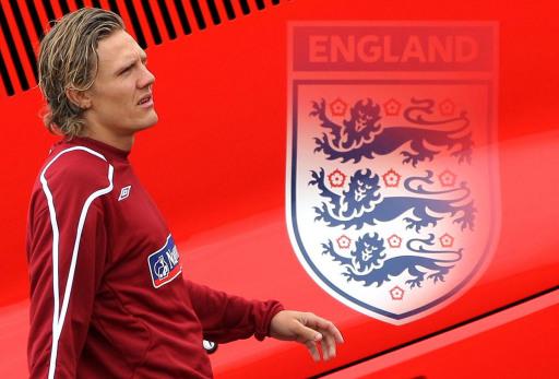 图文-英格兰队伦敦集训布拉德首次入选