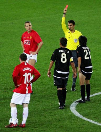 图文-[世俱杯]曼联VS基多体育维迪奇被红牌罚下