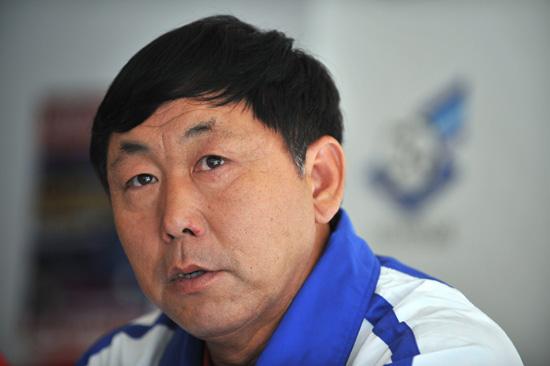 图文-南非世界杯32强主教练朝鲜主帅金正勋