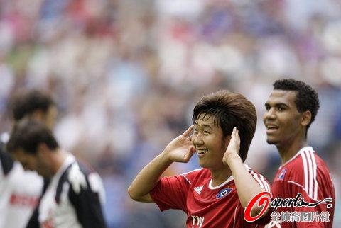 图文-[电信杯]汉堡3-0科隆韩国新秀孙红敏