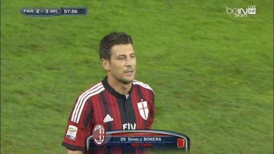 博内拉的红牌险让球队痛失好局
