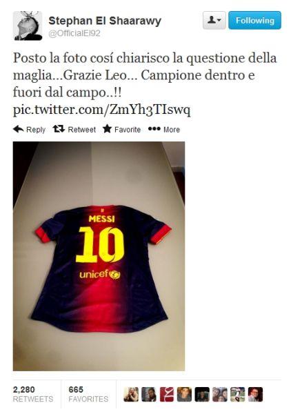 沙拉维在推特晒出梅西球衣