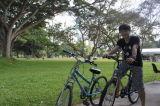 骑脚踏车环岛