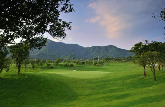 桂林山水球场实景