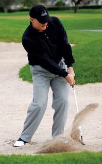 球技-调整杆面和下杆方式救出深埋沙中的煎蛋球