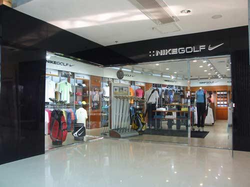 高尔夫品牌NIKEGOLF专卖店进驻深圳岁宝百货