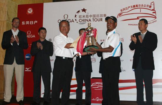 Honma中国之队接受中巡赛考验经历磨练希望在明天
