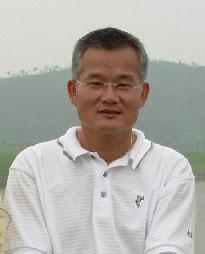 《果岭上的社交术》作者新浪专栏黄承富个人介绍
