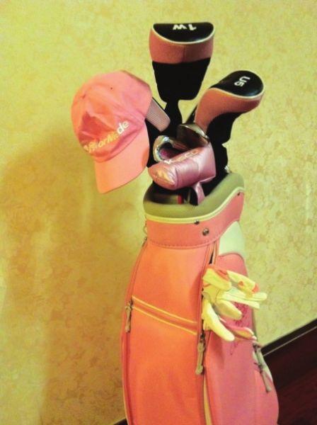 高尔夫也充满乐感 美女小提琴家文薇的高球生活图片