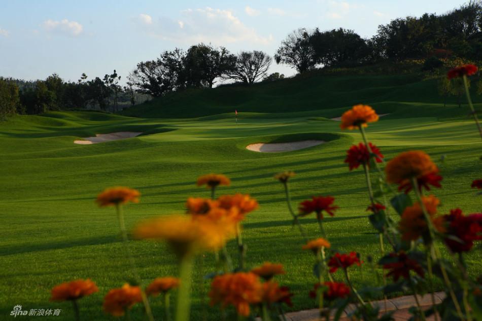 云南红河州湖泉高尔夫俱乐部