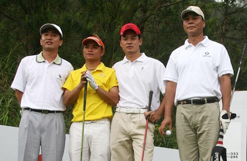 图文-俱乐部联赛华南分区赛首轮职业球员元天一组