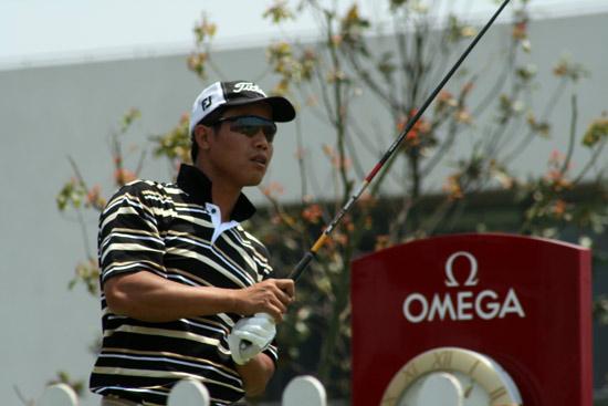图文-上海锦标赛次轮陈定根开球后看效果