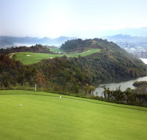 图文-重庆红鼎高尔夫球第18洞