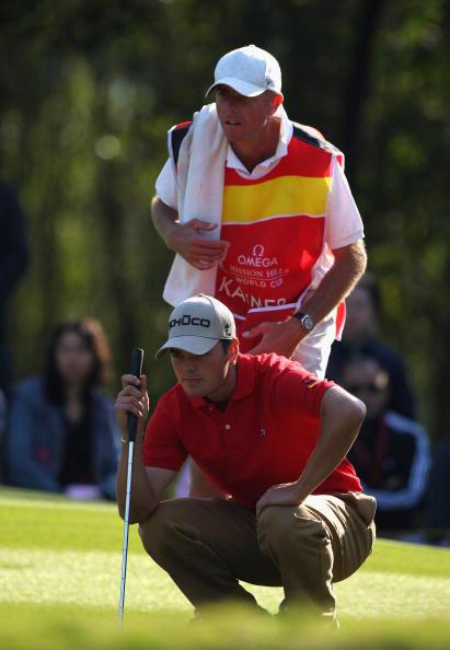 图文-高尔夫世界杯默契配合球童作用不能少