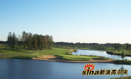 图文-天竺乡村高尔夫球场机场附近的高球天堂