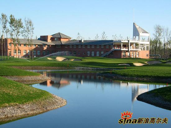 图文-尧上乡村高尔夫球会超级大的高尔夫会所