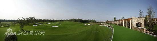 图文-成都观岭高尔夫球场保留原野生植被