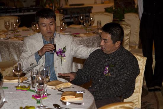 图文-北京木兰队年会签到男影星刘涛也来了
