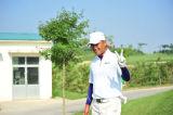 杨阳走向发球台