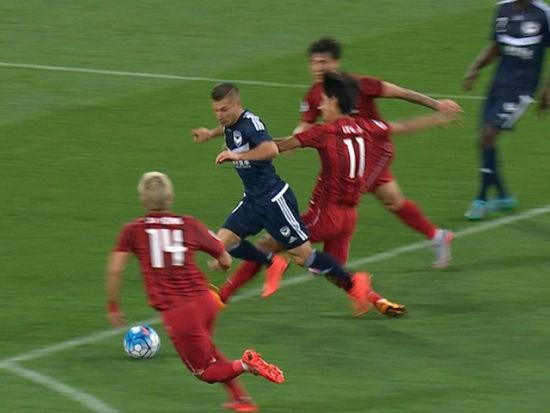 进球视频-吉安替身鲁莽放铲 上港被罚点球再度落后