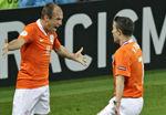 视频集锦-范佩西1传2射建功 荷兰4-0主场完胜