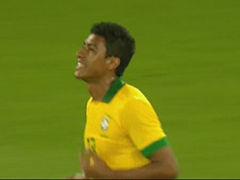 视频-保利尼奥甩头攻门 被瑞士横梁无情拒绝