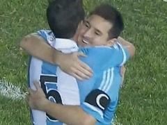 进球视频-梅西点球梅开二度 阿锁定世界杯名额