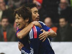 视频集锦-罗本范德法特破门 日本团队配合战平荷兰